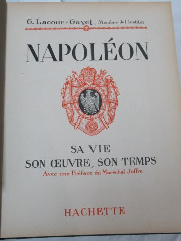 "Lot of two books on Napoleon, Hachette editions : ""Les Merveilles de l'époque na…"