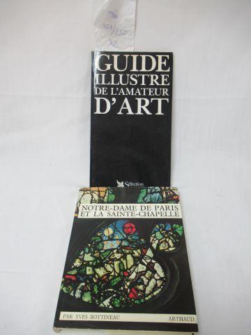 """Lot of two books : """"Notre Dame de Paris et la Sainte Chapelle"""" and """"Le Guide ill…"""