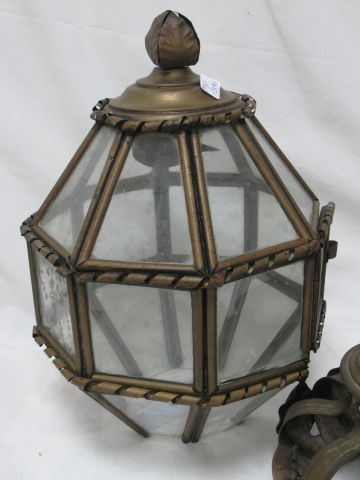 Lantern in metal and glass. (element to be reattached). 50 cm