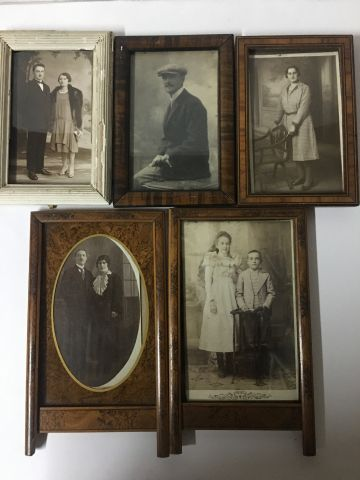 Lot of five small photo frames from the beginning of the 20th century 20 x 12.5 …