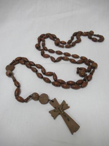 Wooden rosary. Length: 130 cm