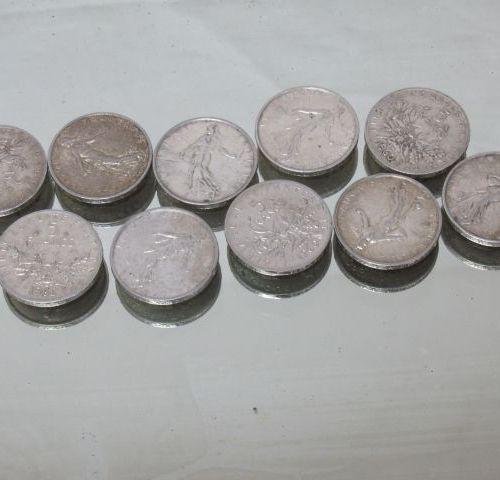 Lot de 10 pièces en argent 5 frc semeuse. 1960, 1962,1963. 120r