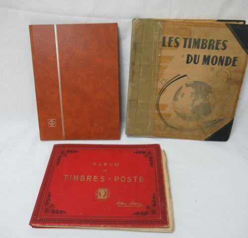MONDE (Dont France), Lot de 3 albums de timbres.