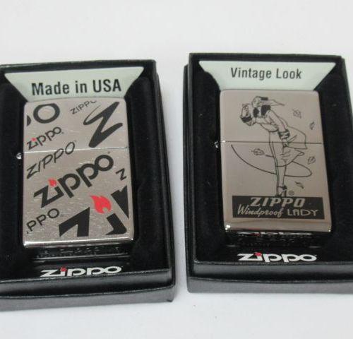 Lot de deux briques Zippo en métal chromé. 6 cm Neufs, dans leurs boîtes.