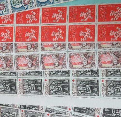 France Fort lot de timbres en vrac. De 1930 à 1990.