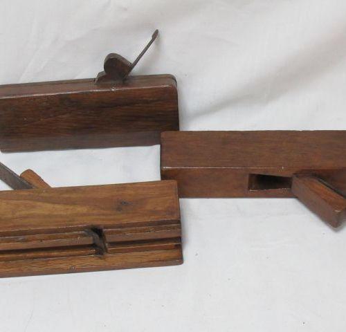 Lot de 3 rabots en bois. 22 cm