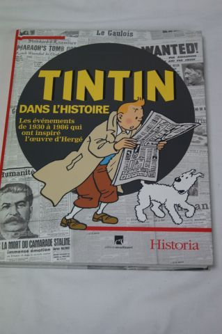 """TINTIN Lot comprenant 2 bandes dessinées : """"L'ile Noire"""" (1966) et """"Tintin au Ti…"""