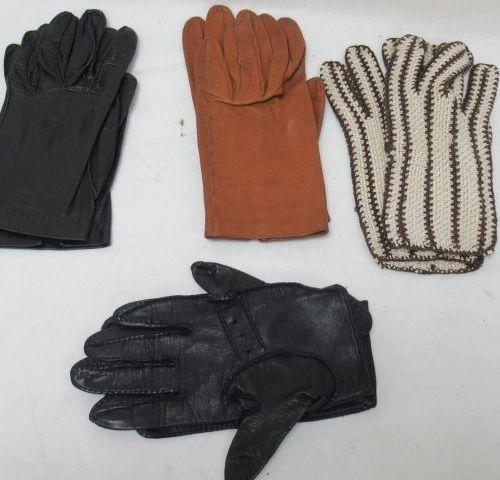 Lot comprenant 4 paires de gants pour dame, dont 2 de conduite en cuir. Taille 7…