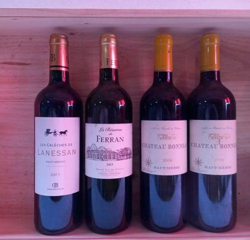 Lot de 4 bouteilles :  1 Château Lanessan. 2011. Les Calèches de Lanessan. Haut …