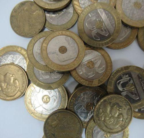 FRANCE Lot de pièces de 20 francs en métal. Circa 1950 et 1990.