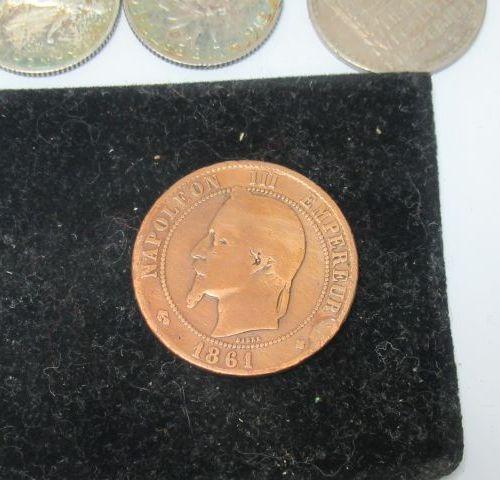 FRANCE Lot de pièces en argent : 3 pièces de 100 francs (1983, 1982, 1986), 4 pi…