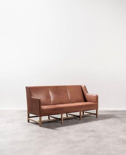 KAARE KLINT (1888 1954) 5011 Three seater sofa Original leather and ash wood. Dr…