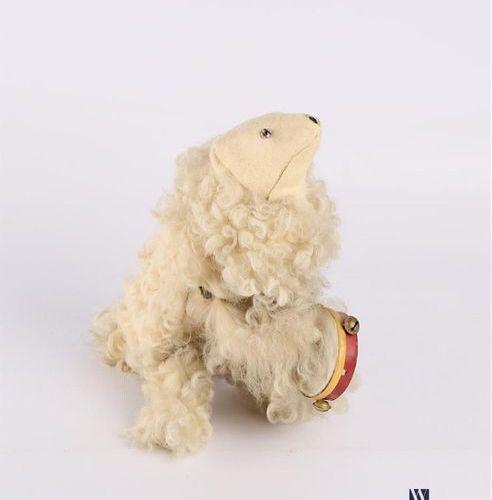 «Ours sauteur au tambourin», ours en carton moulé recouvert de fourrure Fin XIXè…