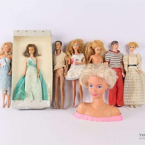 BARBIE Set of four Barbies, two Ken and a bust of Barbie (sold as is) We join a …