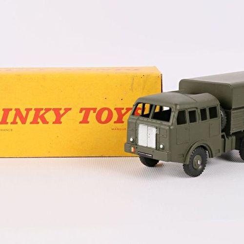 DINKY TOYS Camion militaire Berliet tous terrains Réf 80 D (boîte d'origine)