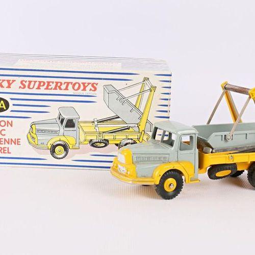 DINKY SUPERTOYS Camion Unic Multibenne Marrel Réf : 38A (dans sa boîte d'origine…