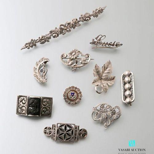Lot de dix broches en argent fin XIXème début XX ème siècle : barrette à décor d…