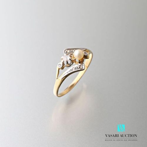 750 thousandths yellow gold ring set with a probably fine pearl and rose cut dia…