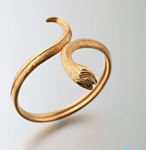 Open snake bracelet in yellow gold 750 thousandths smooth and guilloché Gross we…