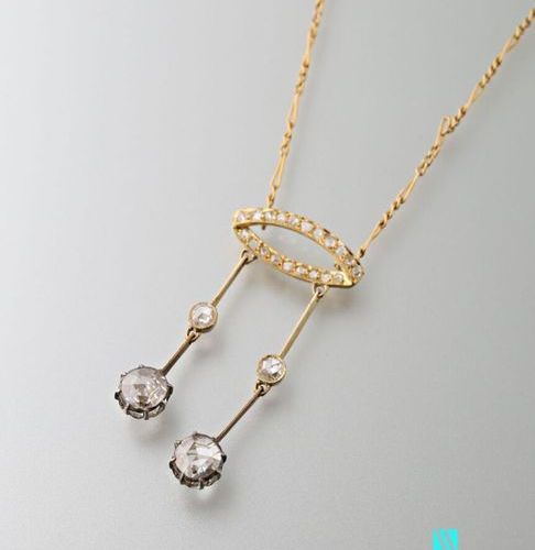 Neglected necklace in 750 thousandths yellow gold, alternating mesh chain holdin…