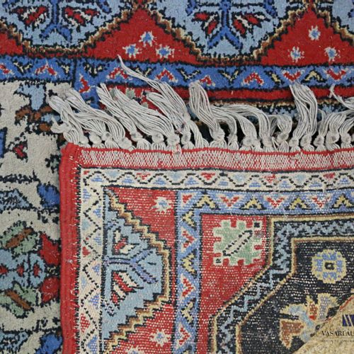 MOROCCO  Woollen rug decorated with six alternating medallions of geometric figu…