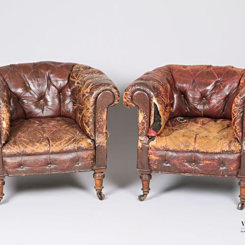 Pair of Chesterfield style armchairs in upholstered leather, backrest and armres…