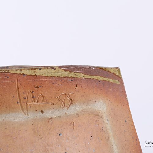 ASTOUL Éric (Born in 1954)  Square sandstone dish, the basin is decorated with s…