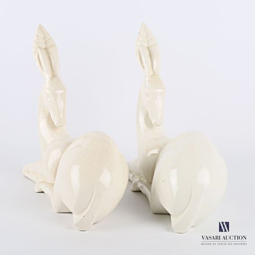 CHARLES LEMANCEAU (1905 1980) & SAINT CLÉMENT (MANUFACTURE)  Deux biches stylisé…