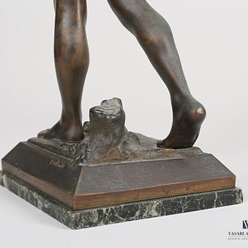 DELANDRE P.Robert (1879 1961), d'après  Le Vainqueur  Bronze  Signé sur la terra…