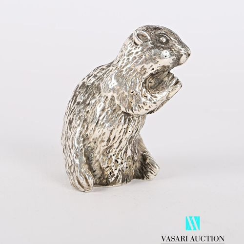 Sujet en argent figurant une marmotte  Poids : 144,97 g Haut. : 4,5 cm