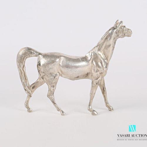 Sujet en argent figurant un cheval  Poids : 268,10 g Haut. : 8,5 cm Long. : 10,5…