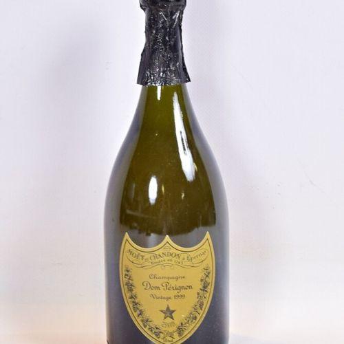 1 bouteilleChampagne DOM PÉRIGNON1999  Et. Impeccable hormis 1 minuscule acc…