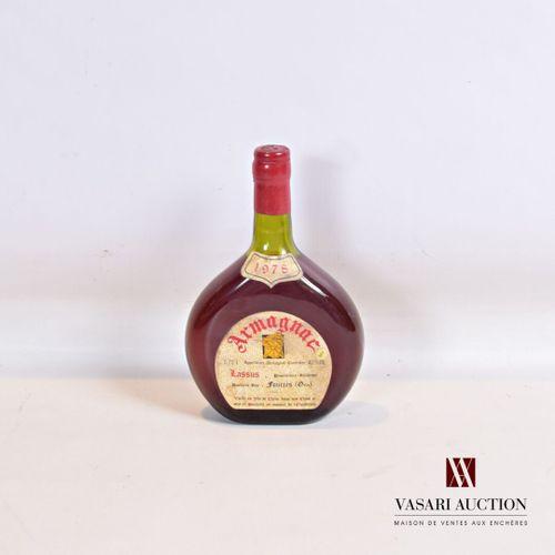 1 bouteilleArmagnac LASSUS 1978  70 cl 40°. Vieilli en fût de Chêne. Et. Un …