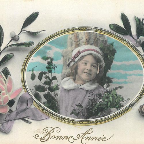 """105 FANTAISED POST CARDS: Children's Themes, Illustrations and Real. Including"""" …"""