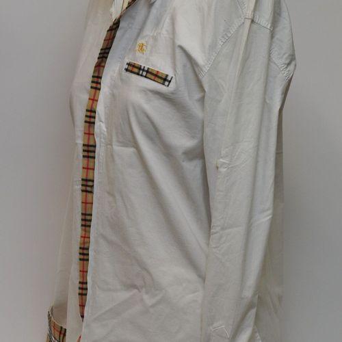 BURBERRY London  Lot de 3 chemises en coton, une noire Taille L, une blanche Tai…