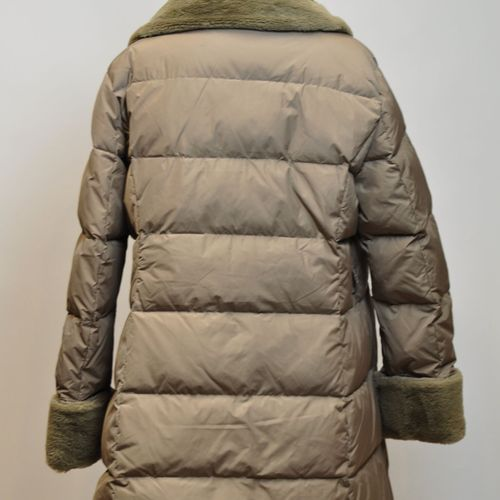DEVERNOIS D SPORT  Manteau doudoune en duvet et plume beige, col et manche imita…