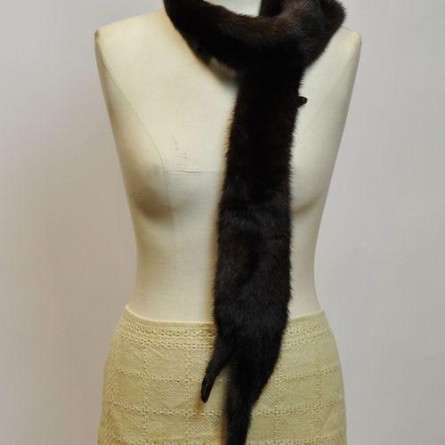 CAROLINE BOBER, Paris, Made in France  Manteau 3/4 en vison brun, taille 40/42  …