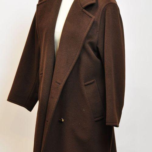 MAX MARA Made in Italy  Manteau en cashemire marron. Taille 40  (Bon état)    Le…