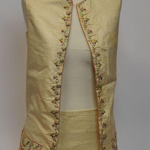 Gilet d'homme à poches en toile de lin et soie rayée polychrome à décor de fleur…
