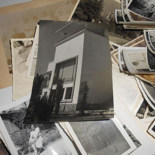 PHOTOGRAPHIES : Lot important de Photographies de Familles, Lieux, certaines sit…