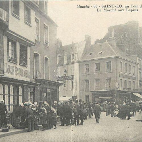 """15 CARTES POSTALES LES MARCHES : Saint Lô. """"La place du Marché, Le Marché, Un Co…"""