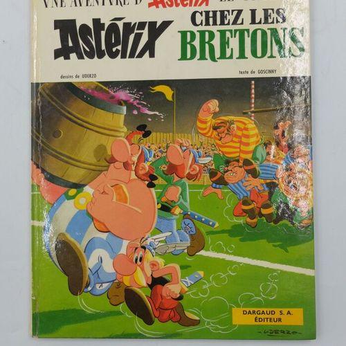 ASTERIX  8. Chez les Bretons, 1966, Dargaud, états.