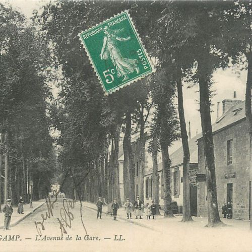 174 CARTES POSTALES COTES D'ARMOR : De A à G. Villes dont Guingamp 70cp, qqs vil…