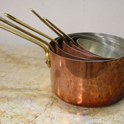 Série de casseroles en cuivre