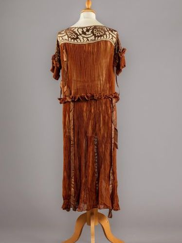 Evening gown circa 1930, Calais type mechanical lace dress worked in geometric c…