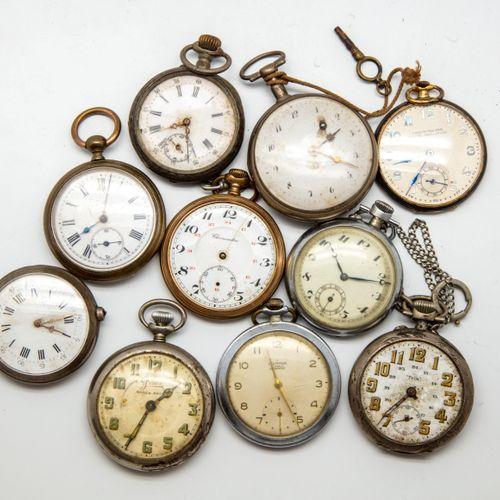 Lot de 10 montres à gousset  (En l'état, accidents, usures)