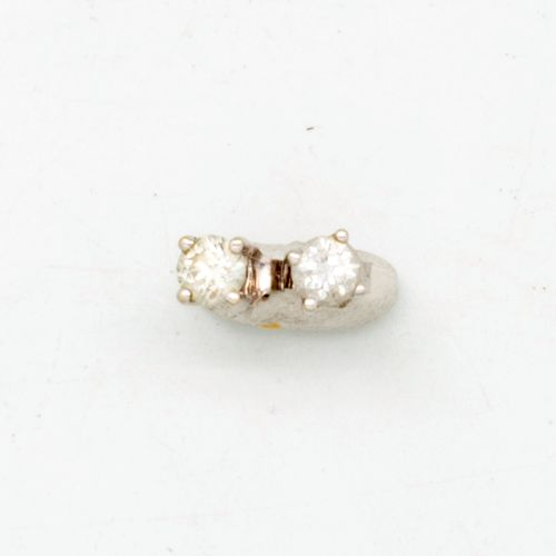White gold and diamond earrings, 0.10/100
