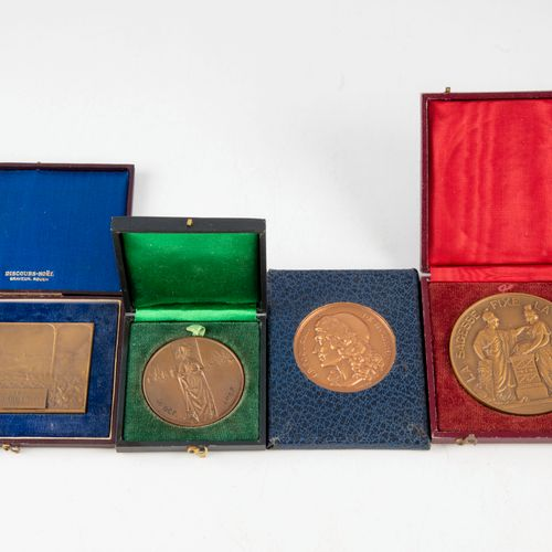 Set of 4 medals in bronze :   The bank of France by Dumarest   City of Rouen by …