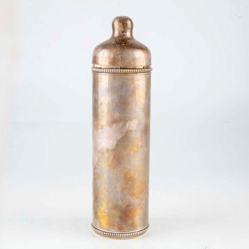 Bottle warmer in silver metal, with glass bottle.