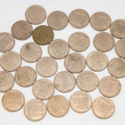 Lot of 29 coins of 10 francs Turin 1948